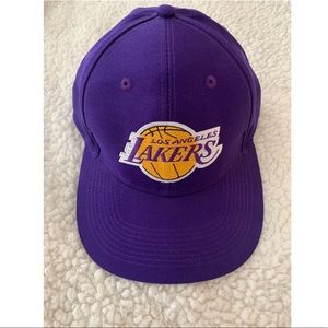 Los Angeles lakers adidas SnapBack hat